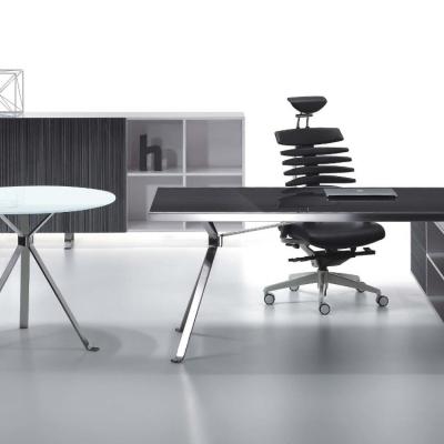现代简约办公桌
